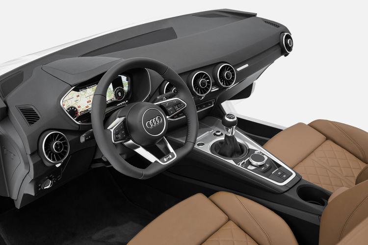 Puristisch, sportlich und clean –  Audi zeigt neues TT-Interieur auf der CES