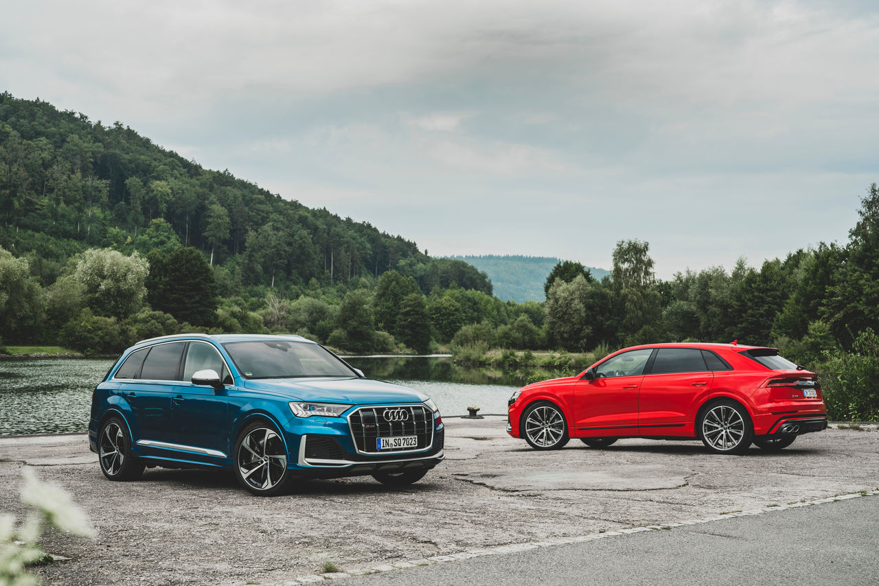 Sporty character with a superior performance: ||The Audi SQ7 and SQ8 with V8 TFSI gasoline engine