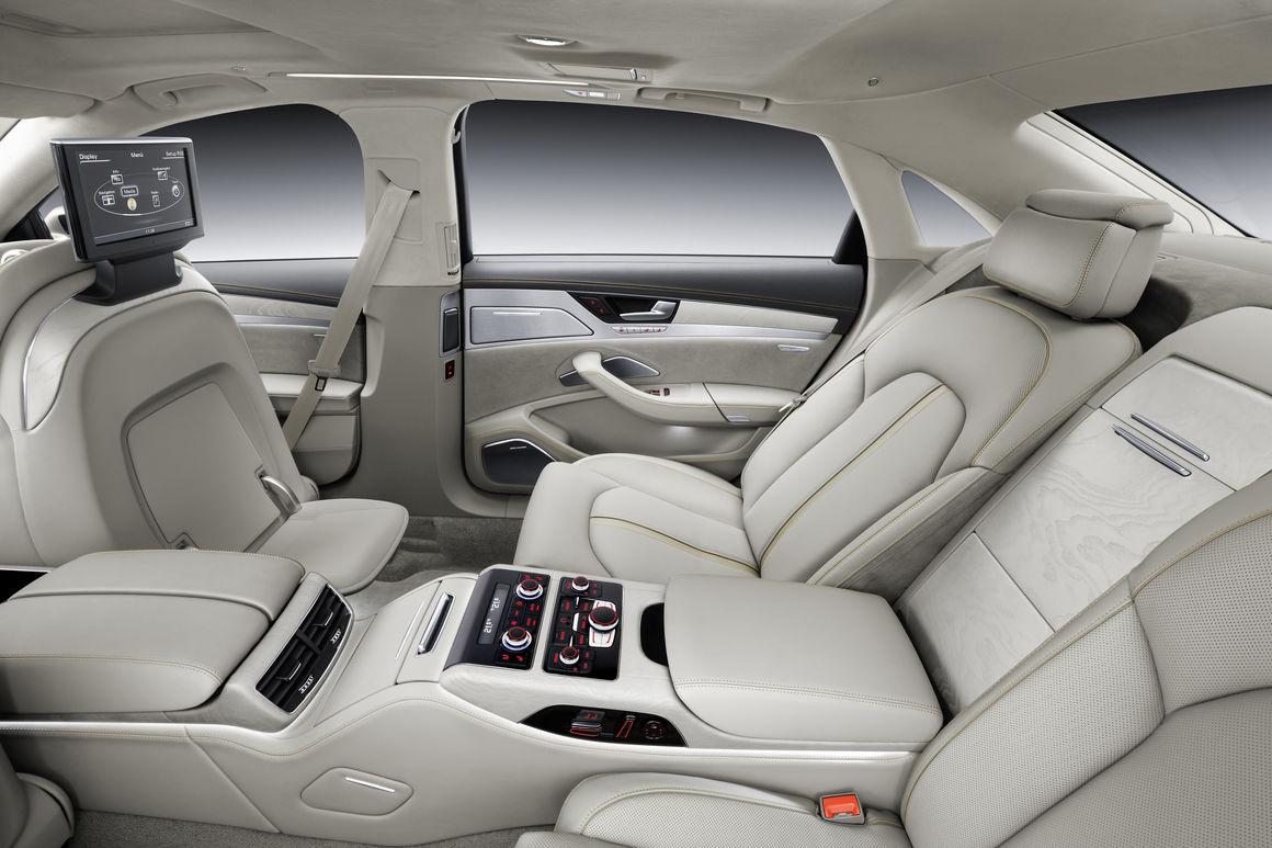 Kekurangan Audi A8L W12 Spesifikasi