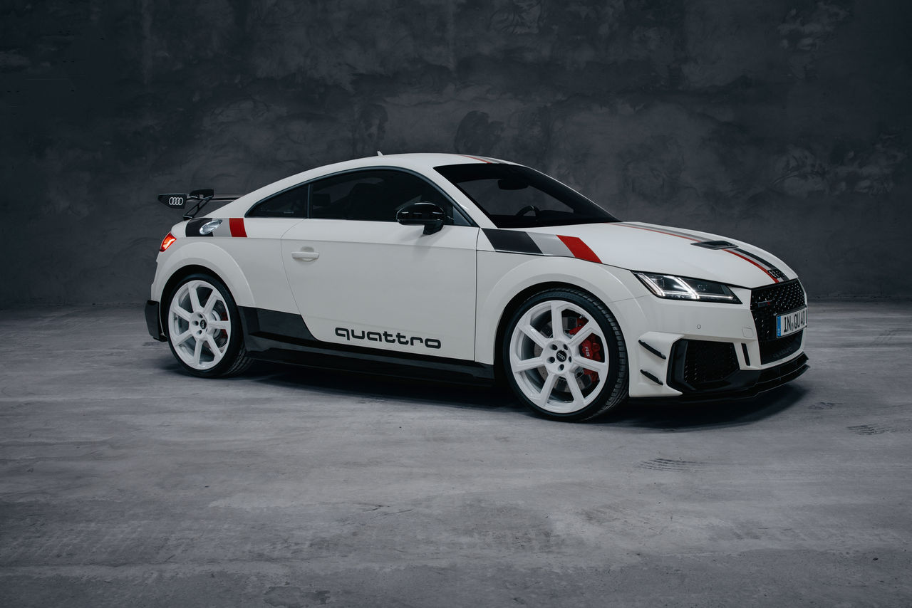Limited-edition special model marks anniversary: ||the new Audi TT RS 40 years of quattro