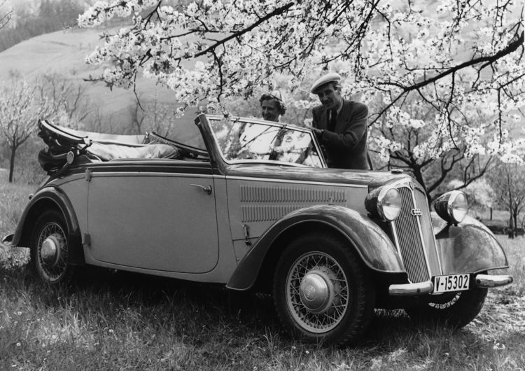 """DKW F8 """"Front"""" deluxe convertible, four-seater, 700 cc, two-cylinder, two-stroke transverse engine, front-wheel drive, 20 hp."""