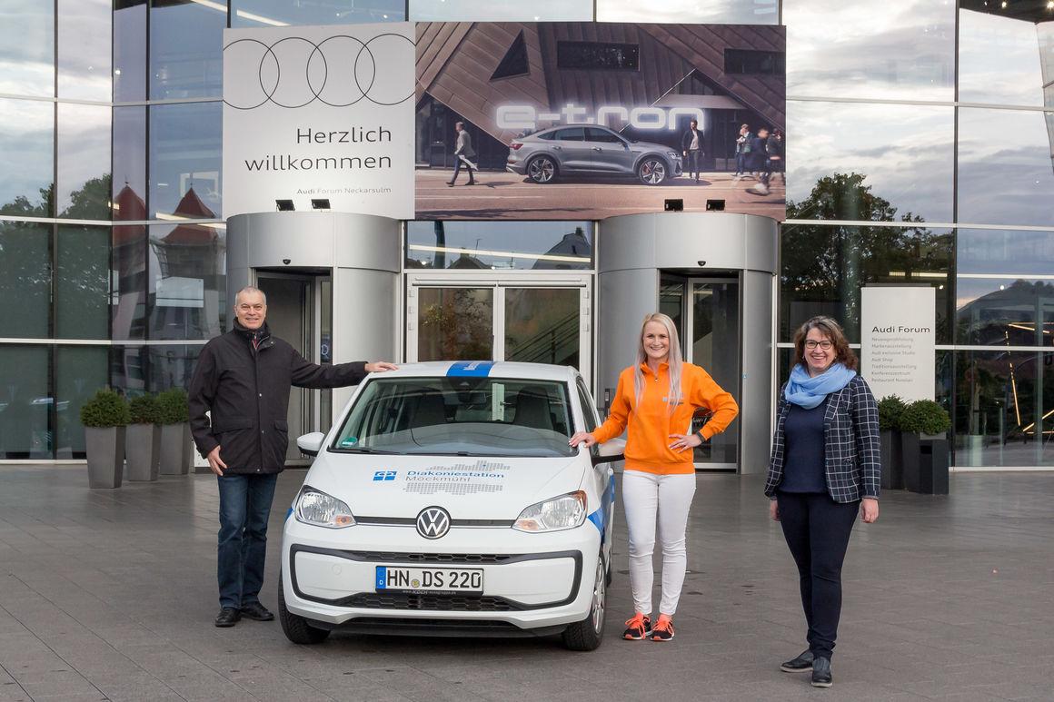Audi-Belegschaftsspende: Neue Fahrzeuge für zwei Diakoniestationen in der Region