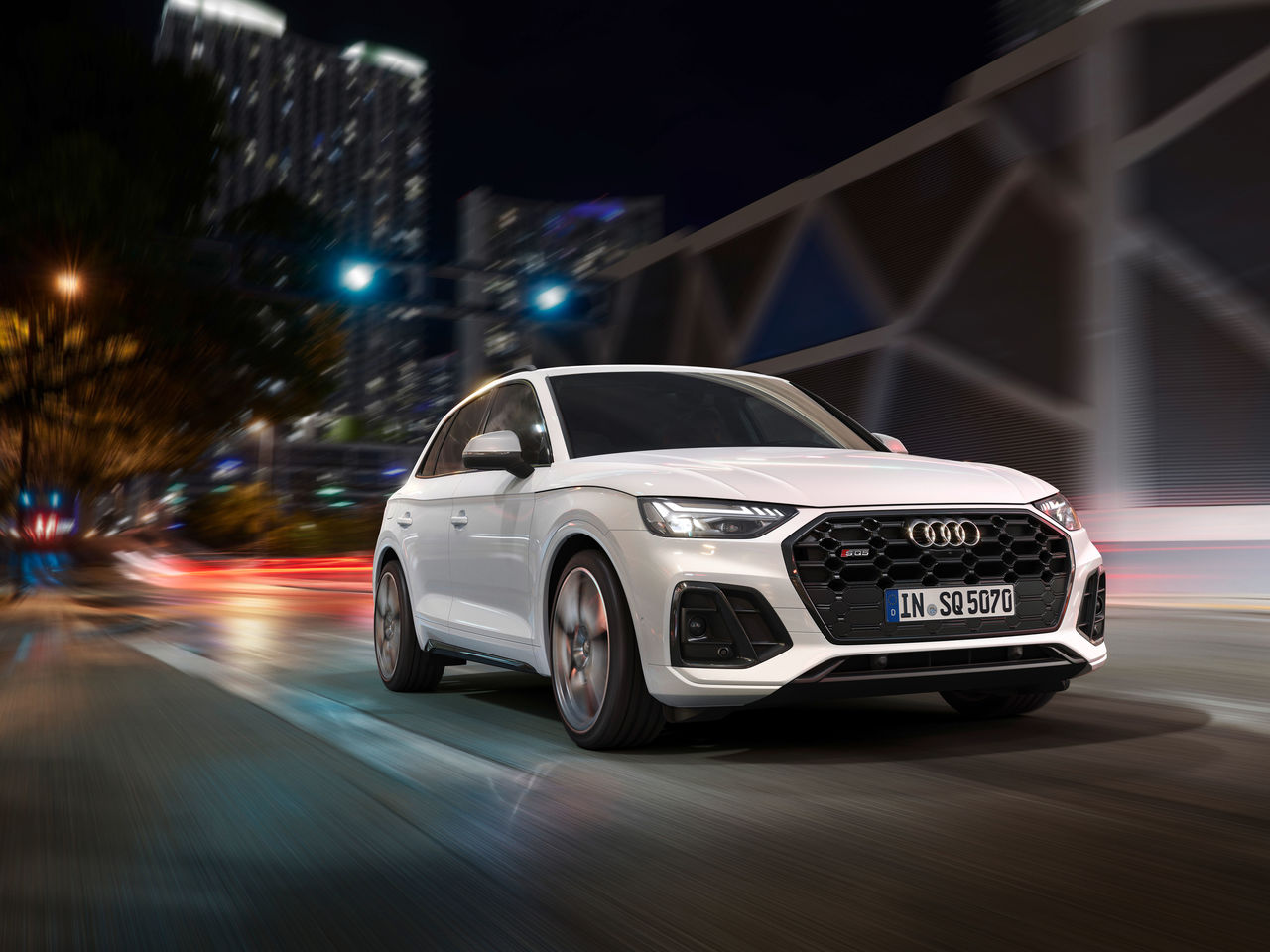 Sporty, powerful, and efficient:   Audi presents the new generation of the SQ5 TDI