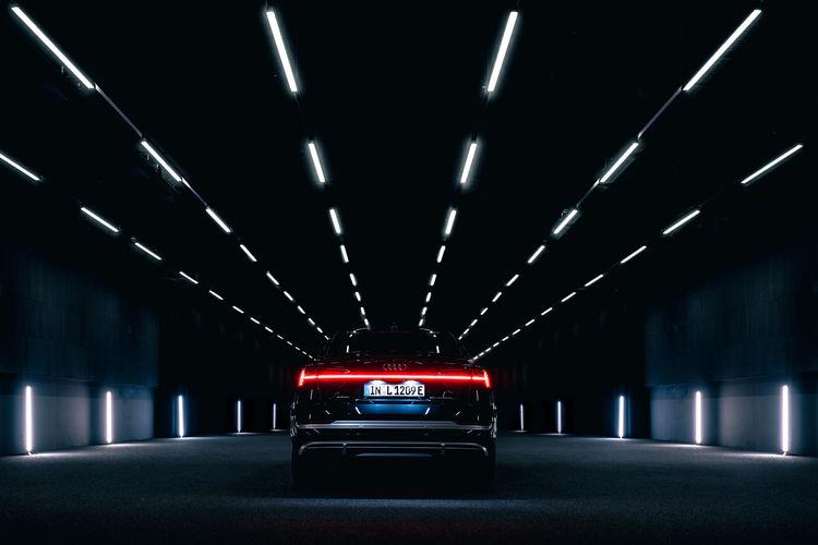 Audi e-tron Sportback 55 quattro in the Audi light tunnel
