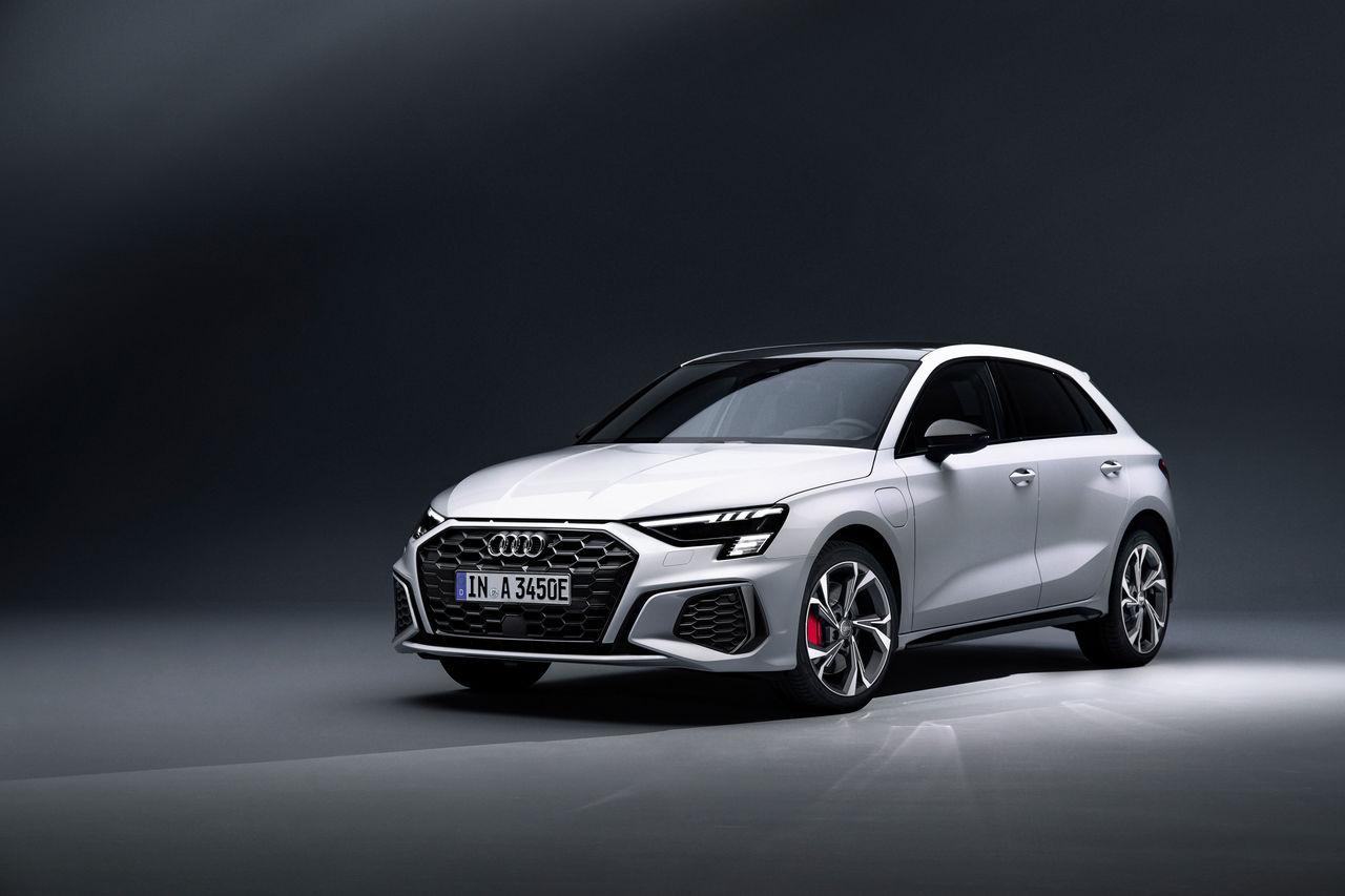 Compact hybrid with 245 PS system output:   The Audi A3 Sportback 45 TFSI e