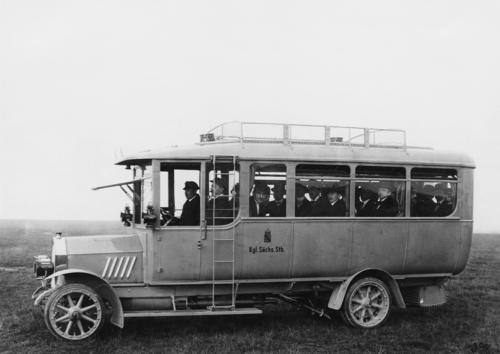 Horch 25/55 hp, bus operated by the Royal Status Railways of Saxony, 4 cylinder (inline), 55 hp