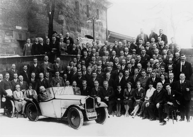 "DKW ""Front"" (F1) roadster, 600 cc, two-cylinder, two-stroke transverse engine, front-wheel drive, 15 hp, 1931 (Bavarian Dealer`s Congress of Zschopauer-Motorenwerke - DKW)."