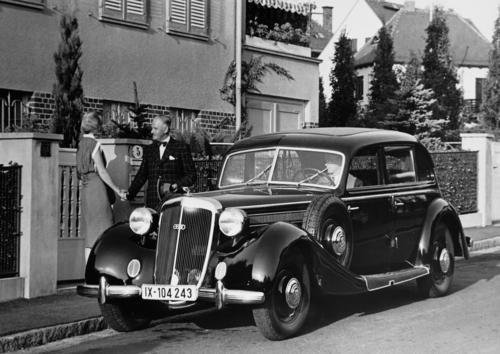 Horch 930 V saloon, 3.8 l, 8 cylinder (V-engine), 92 hp