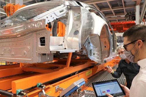 Audi-Standort Neckarsulm legt weitere Grundlagen für vollvernetzte Fabrik