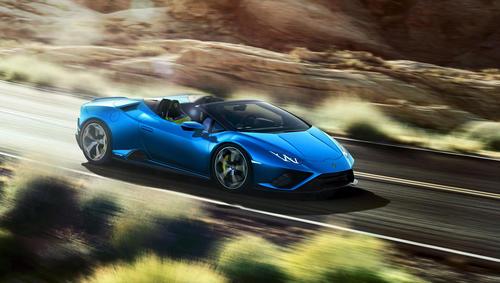 Automobili Lamborghini schließt das Jahr 2020 mit 7.430 ausgelieferten Fahrzeugen und sechs neuen Modellen