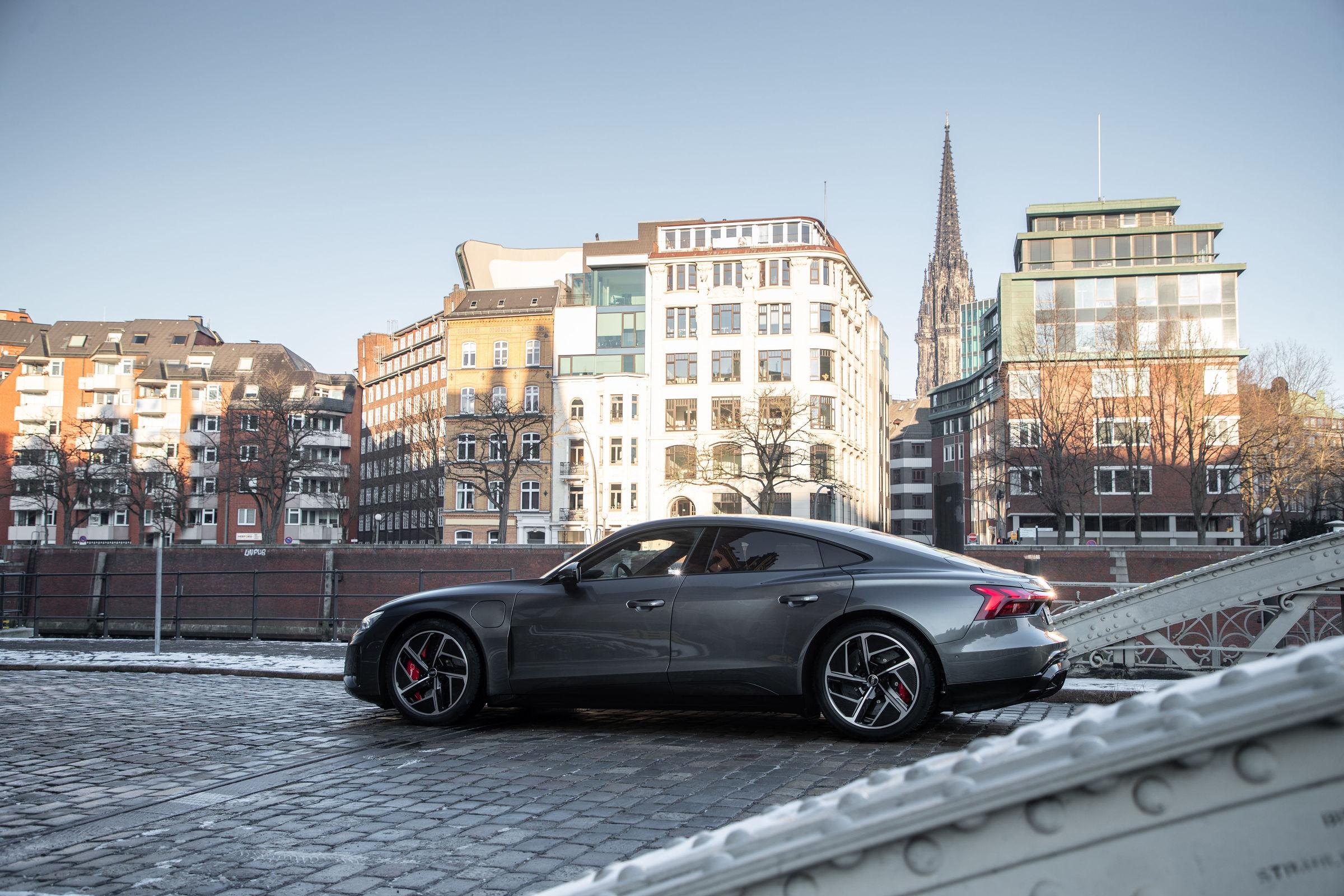 Audi CO2-Programm: Nachhaltiges Aluminium für Audi e-tron GT-Felgen