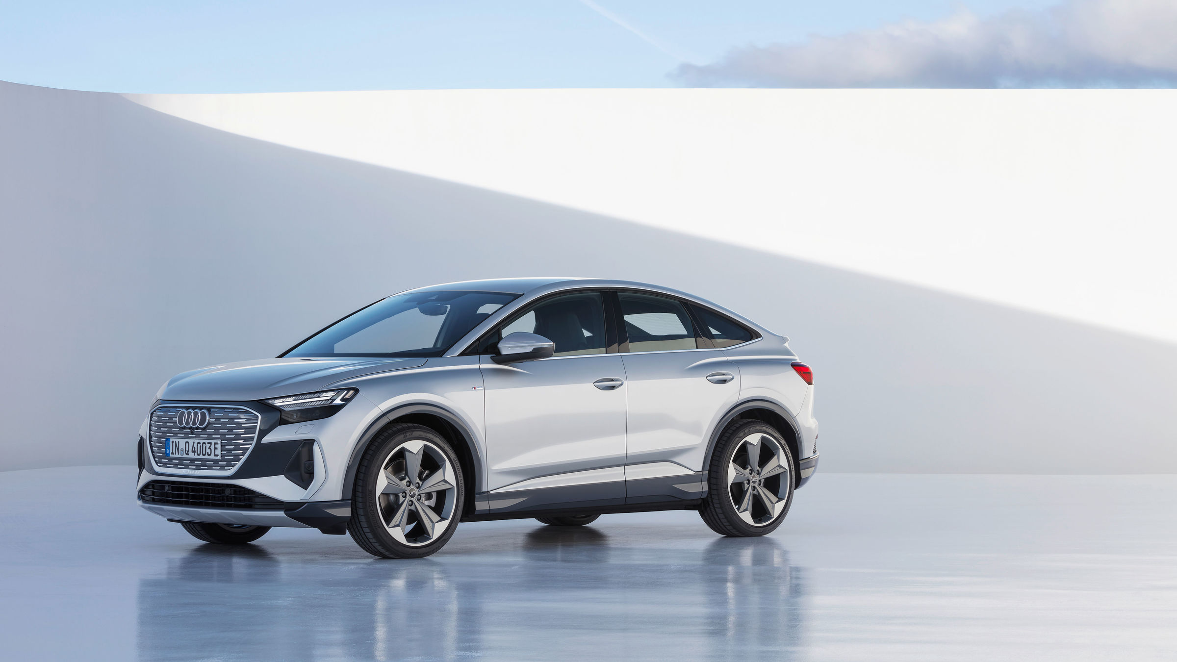 Electric, efficient and emotionally appealing: Audi Q4 e-tron and Q4 Sportback e-tron - Image 4